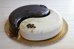 Муссовый торт Инь и Янь - пошаговый рецепт приготовления