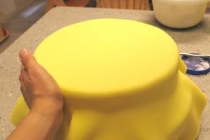 Обтяжка торта мастикой – советы для начинающих кондитеров