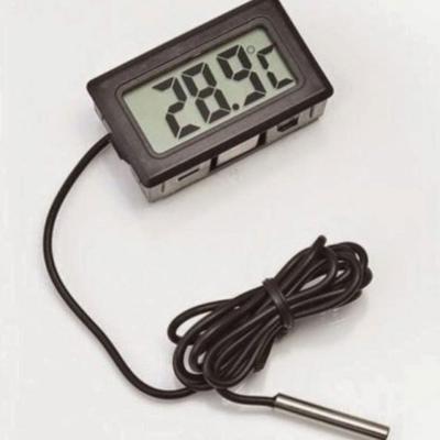 Термометр с выносным щупом